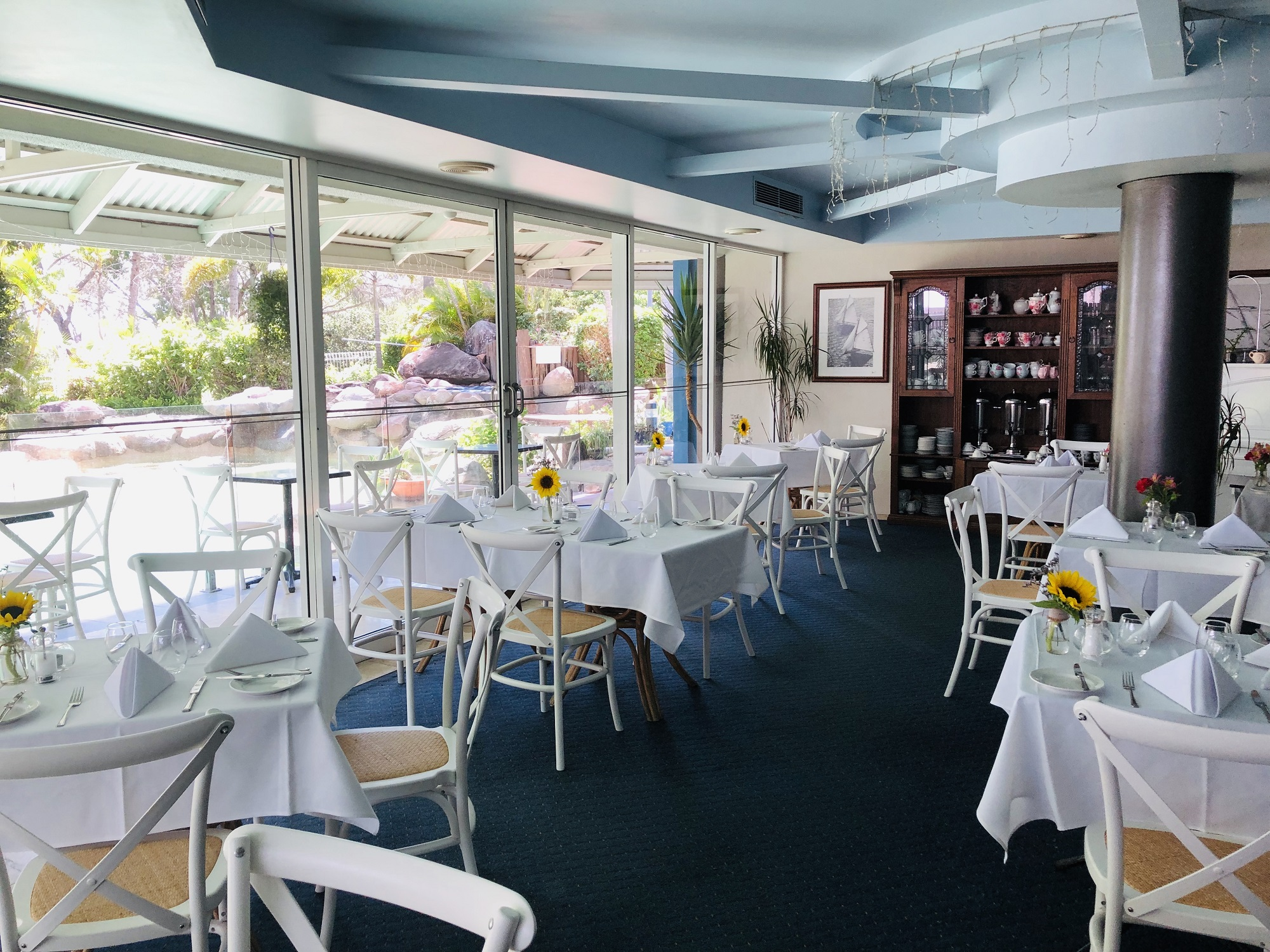 ocean international galleons restaurant